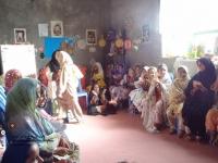 اعضای کتابخانۀ روستای آبادان