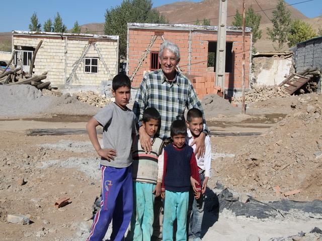 بازديد از كتابخانهی  در دست احداث روستای چايكندی